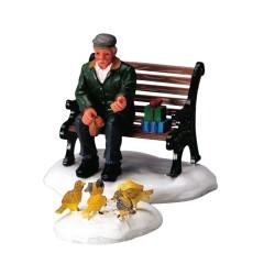 Homme qui nourrit les pigeons lot de 2 pièces Lemax