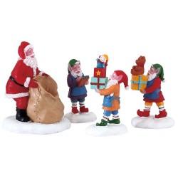 Les lutins remplissent la hotte du Pere Noel lot de 4 Lemax