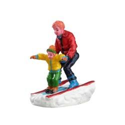 Père et son fils à ski Lemax Vail Village