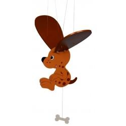Mobile bébé en bois chien marron 39 cm à suspendre