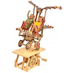Automate en bois Famille volante en kit 43 cm