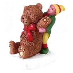 Enfant et ours en peluche