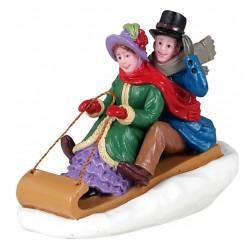 Couple en luge Lemax Caddington